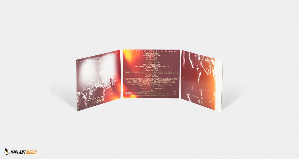GATEFOLD-6-PANEL-Pierce-Brothers-Live-at-the-Corner-INSIDE